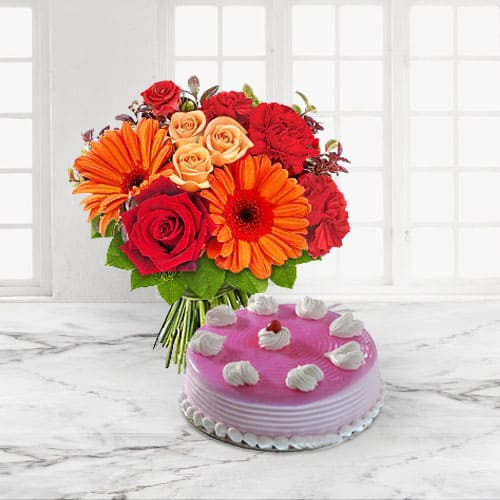 Classic Strawberry Cake n Mixed Flowers Bouquet for Anniversary